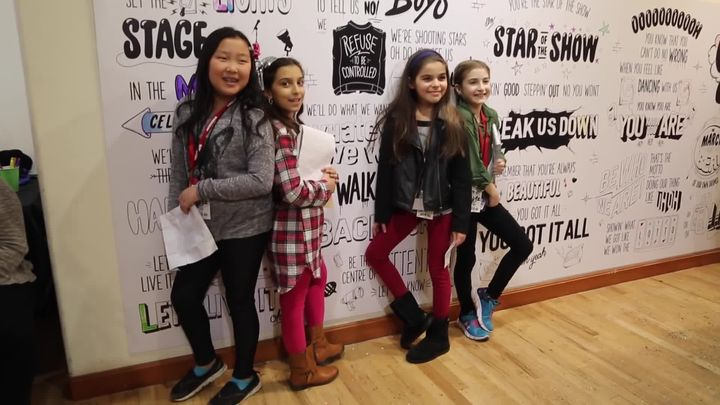 L2M GIRLZ Interview in NYC with PAVLINA Talk LEGO MOVIE