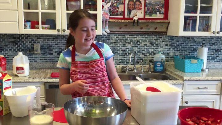 Strawberry Ice Cream with Chef Hannah