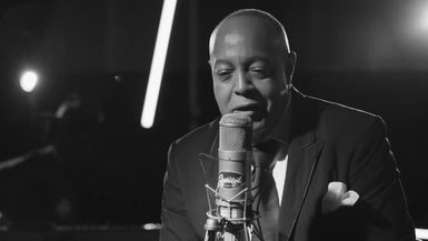PEABO BRYSON: Feel The Fire /  I'm So Into You