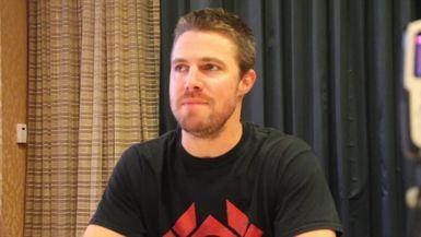 Stephen Amell Teases 'Arrow' Season 6