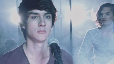 Robert Dobbs - Fight With Fire