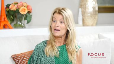 Life Stories with Joanna Garzilli: Beate Sophia Scholz on Yoga to Lift Your Heart and Life
