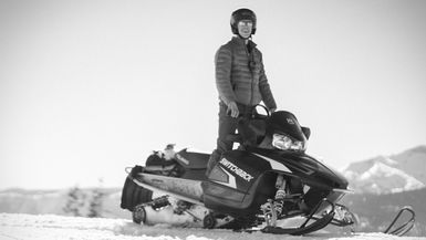 Episode 6 - FIRST TIME SNOWMOBILING!