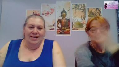 Once again we present the card reading duo of Tracey Frederick and Kym Cushnie from The Oracle Room