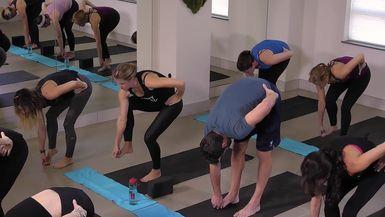 Hips & Hammies 2 - Yoga Stretch & Strengthen