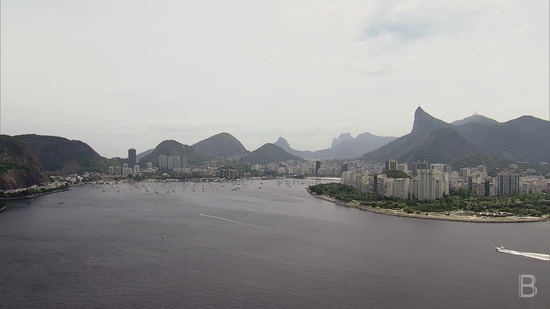 BELLA Presents: daily bello S1 Ep87 Flying over Rio de Janeiro 4