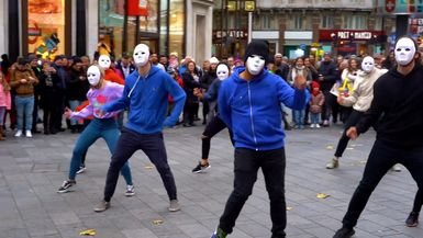 Epic Proposal Flash Mob - Guy Joins in, and is AMAZING!